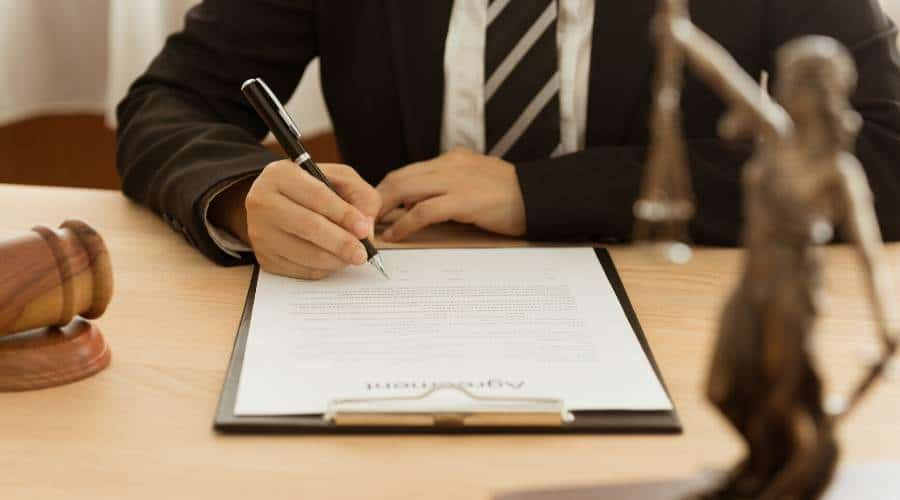 How an Adult Guardianship Lawyer Can Help You